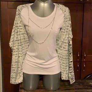 2/$40 Fooler pullover with necklace NWT